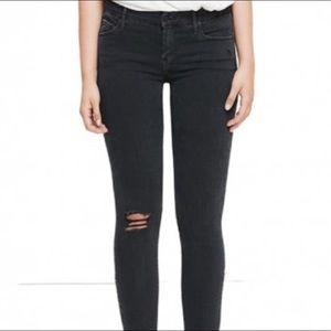Looker Ankle Fray Mother in Faded Black, size 27